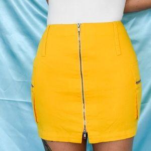 VINTAGE yellow mini utility style skirt